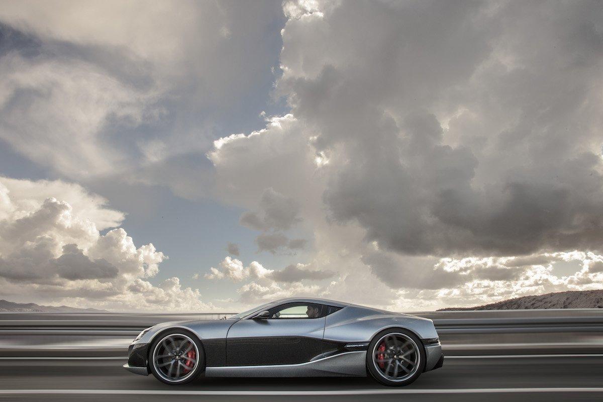 ova-se-5-te-elektrichni-avtomobili-od-koi-plachat-najmoknite-super-avtomobili