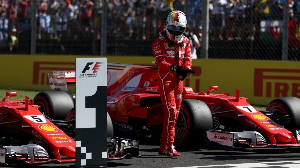 F1  Италијанските медиуми реагираат поради третманот на Раиконен во Ferrari