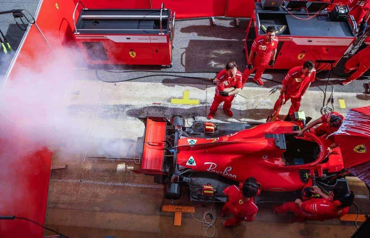F1  ФИА  Ferrari ќе го среди чадењето на нивниот мотор